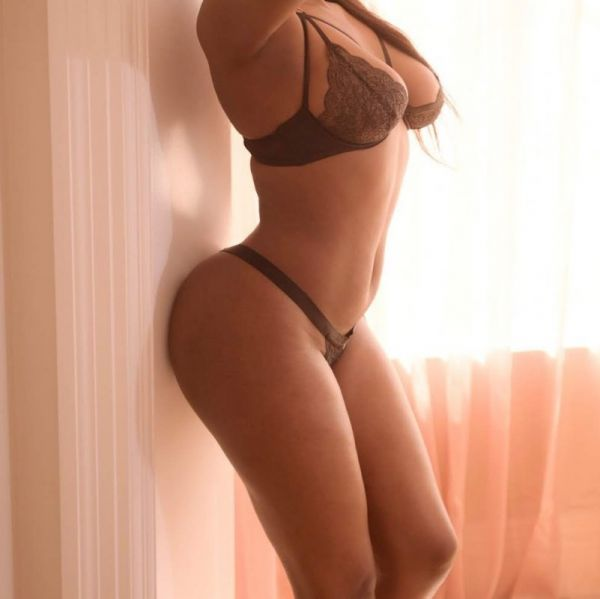 escort Amber brown  (Pretoria)