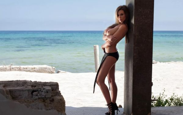 Female escort Kelly for sex in South Africa (Cape Town)